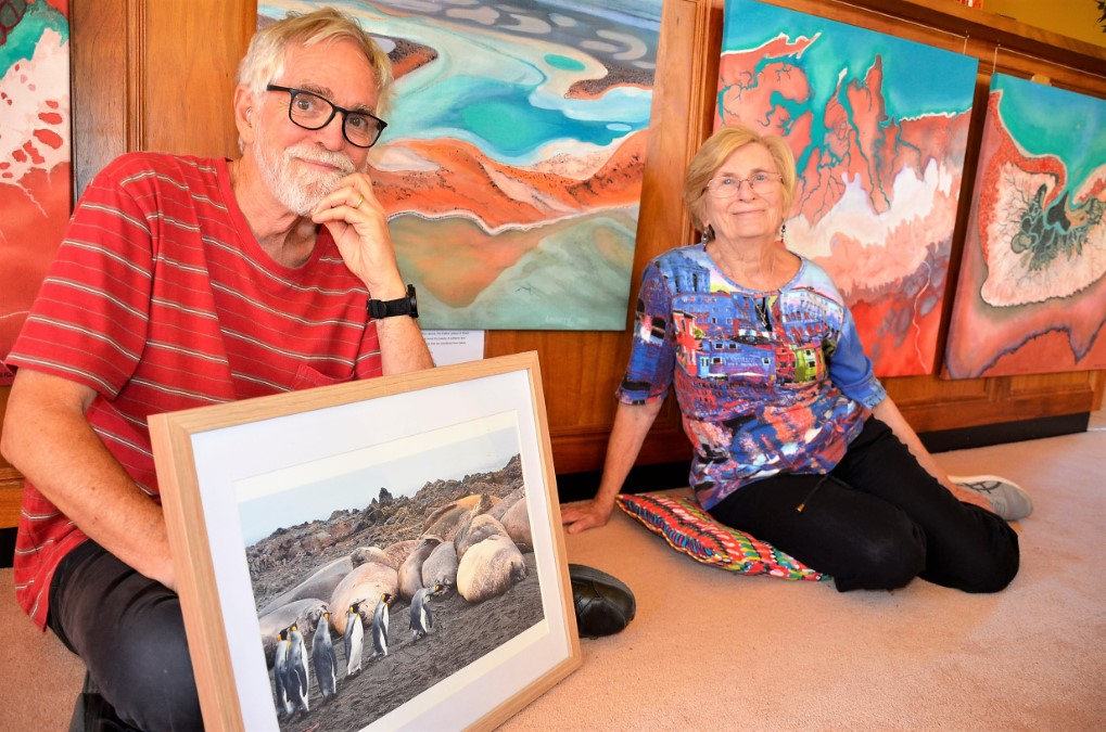 Creative Castlemaine couple Rosie McKenry and Bruce Mitchell share their experiences of imposing places in Earth's Shapes and Colours: Australia and beyond.